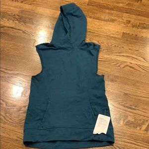 Lululemon NWT Blissed Out Sleeveless Hoodie, 4